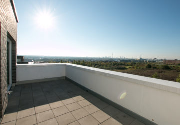 terrasse-inkl-skylineblick-6205